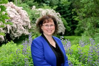 LAURA EMERALD – Spirit Medium, Teacher, Speaker